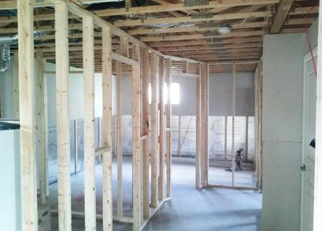r alisations de finition de sous sol finition de sous. Black Bedroom Furniture Sets. Home Design Ideas